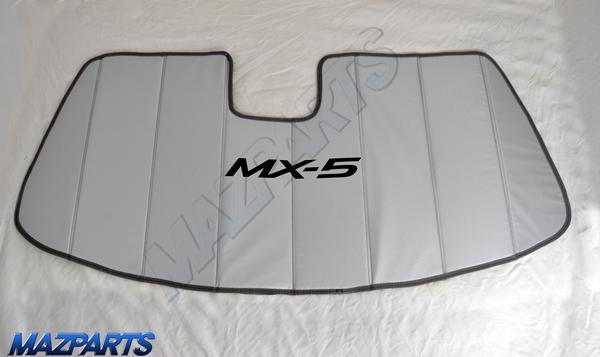 USマツダ純正MX-5ロゴ入りサンシェード 全体像
